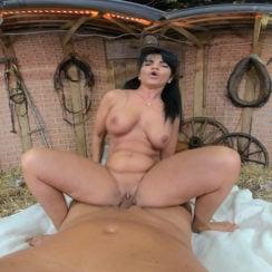 Rural Getaway VR Vaginal sex Porn Video 4